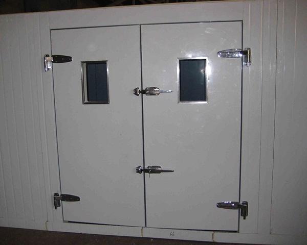 南宁冷库门的面板和门框如何选择?